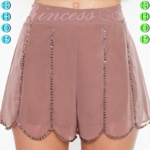 🆕Ark & Co. Taupe High-waist Beaded Scallop Shorts